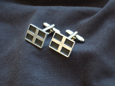 G06 KERNOW ST PIRAN FLAG CUFFLINKS